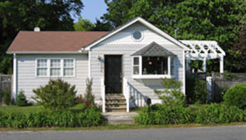 Superb Six Miles From The Highland House In The Town Of Villas, New Jersey Is The  Highland Cottage.